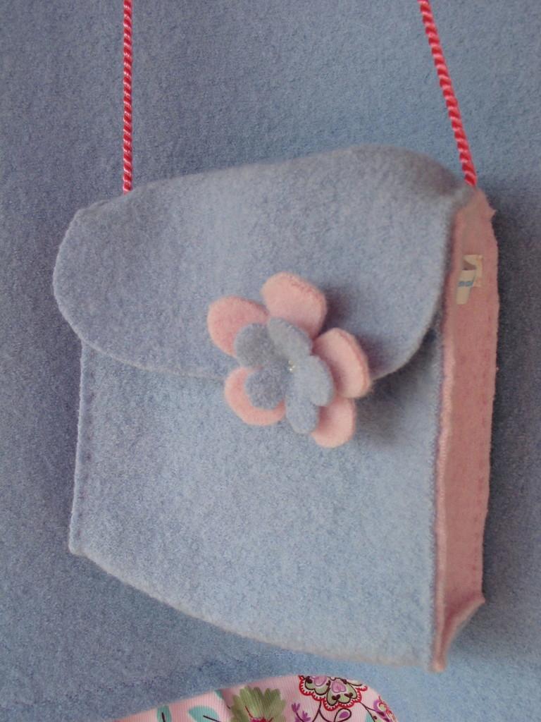 04_-Kindertasche-passend-zum-Kleid-2009