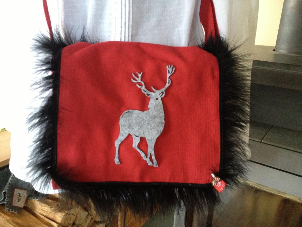 14_-Canvas-Tasche-Hirschfell-noch-verfügbar-im-Shop