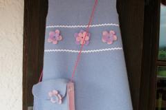 24_Kinder-Walkkleid-mit-passender-Tasche-Sonderanfertigung-2009